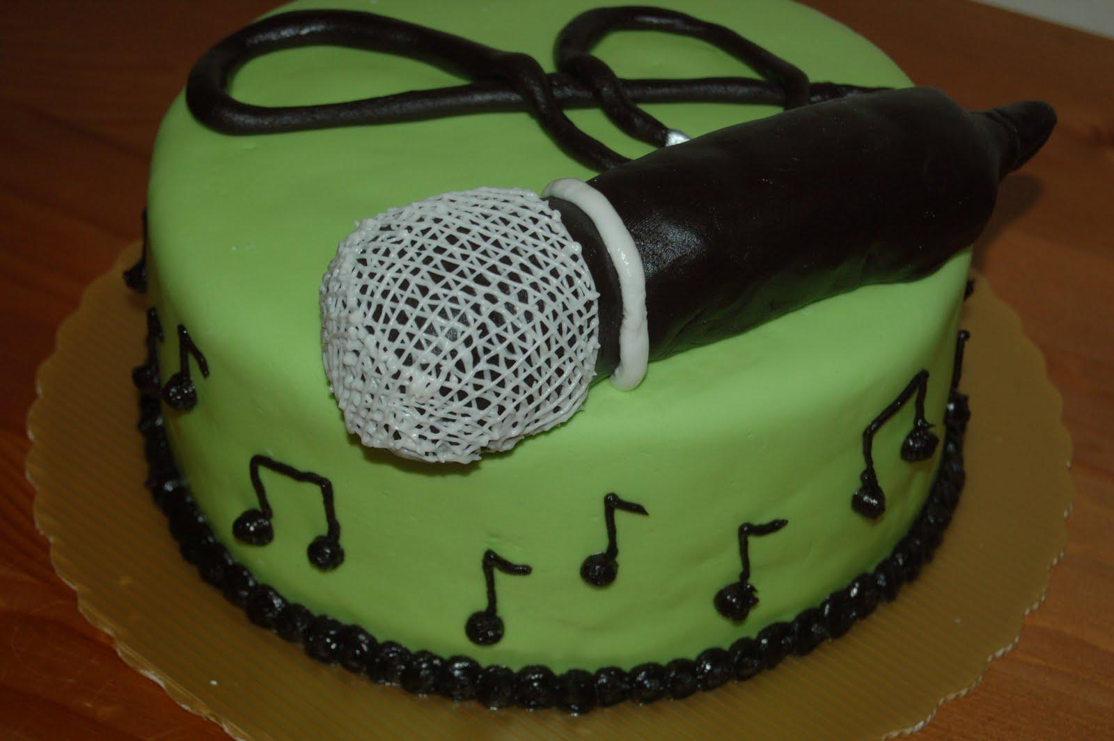 Microphone Birthday Cakes