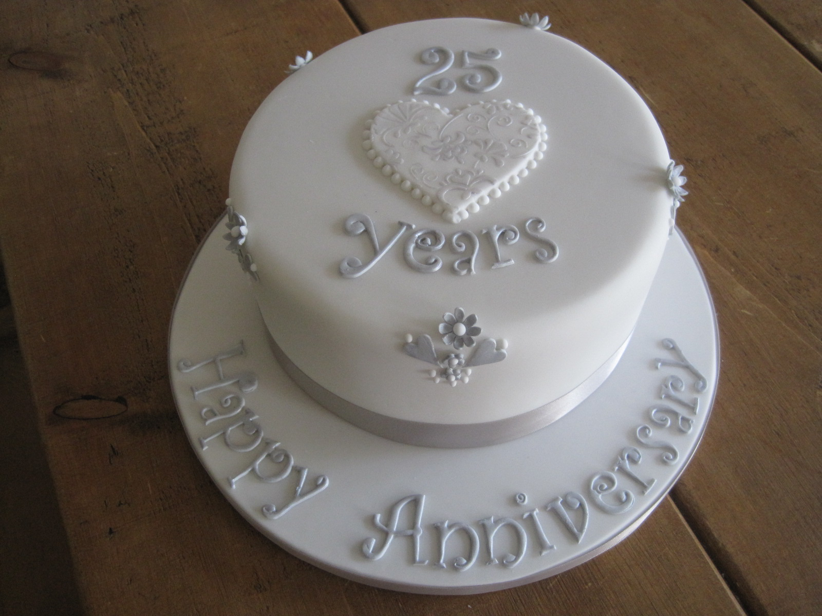 Silver Anniversary Cakes