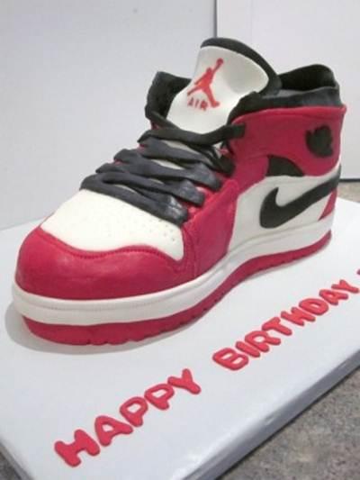 Cute Shoes Birthday Cake Ideas