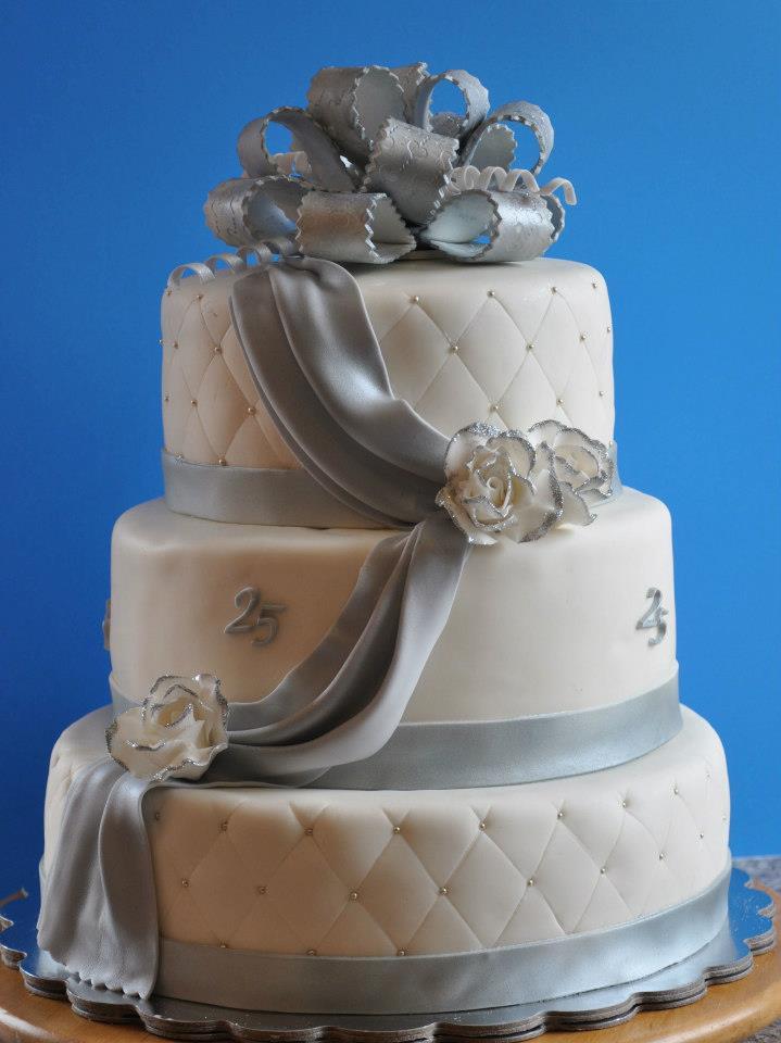 25th Anniversary Cakes