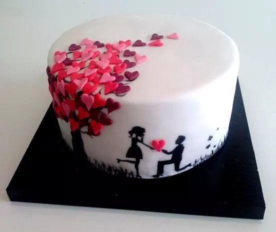 Cute Anniversary Cakes