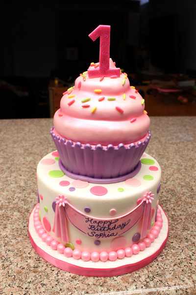 First Birthday Cupcake Cake