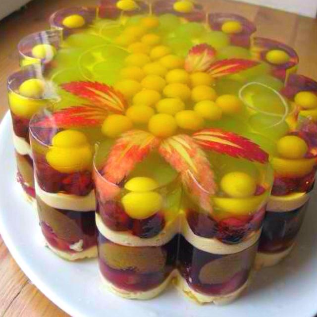 Jello Birthday Cakes