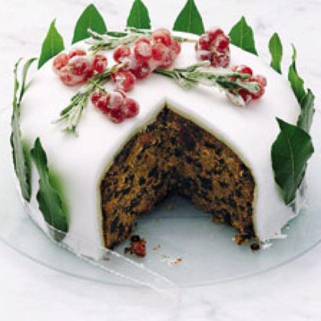 english christmas cakes - British Christmas Cake Decorations