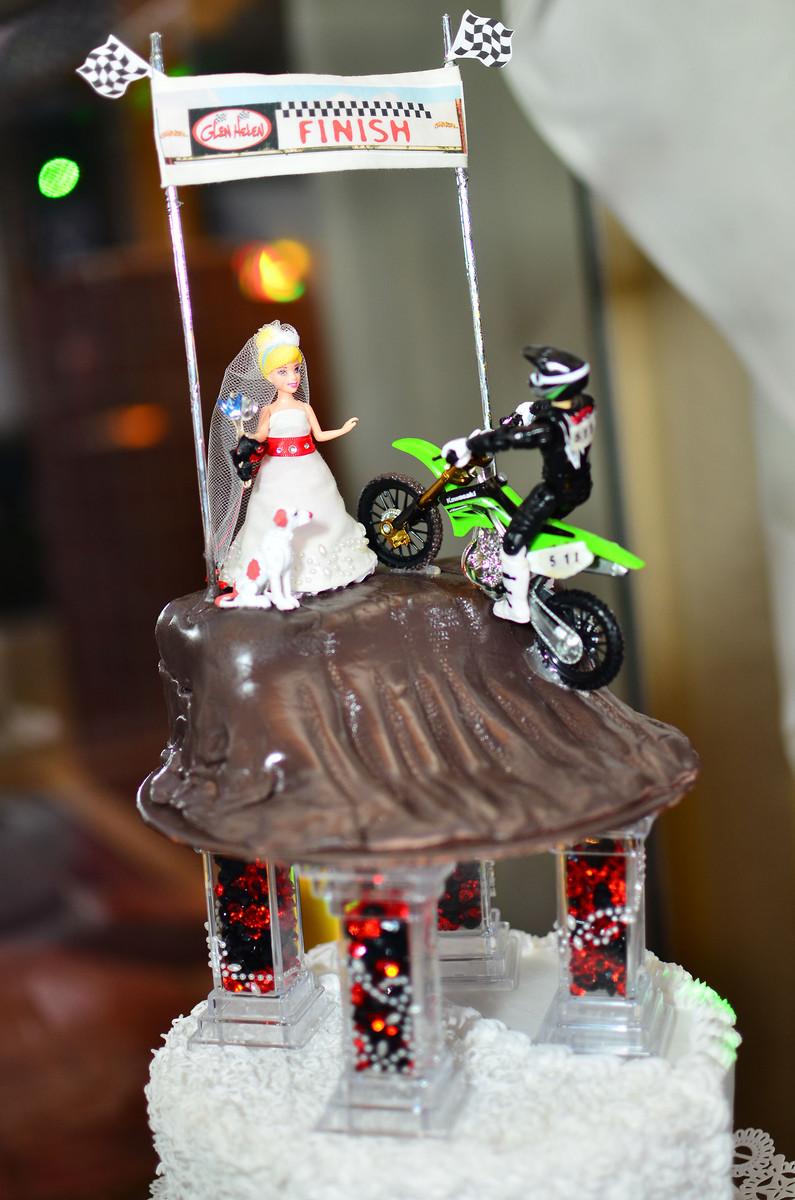 Motocross Wedding Cakes