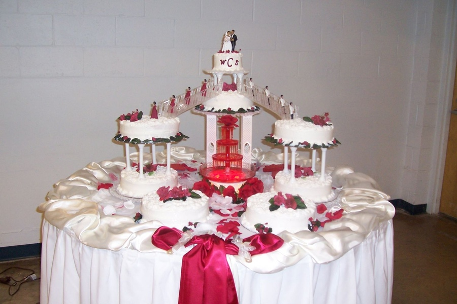 Bridge Wedding Cakes