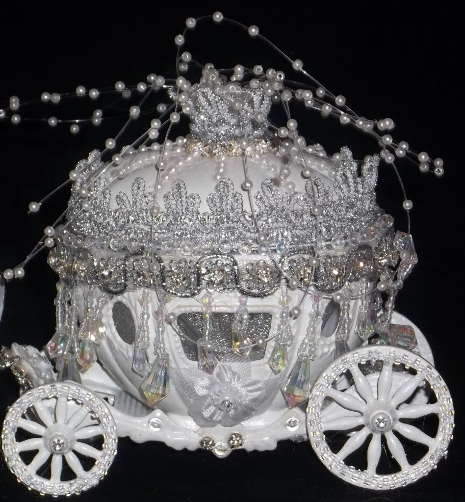Carriage Wedding Cakes