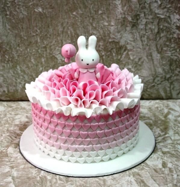 Rabbit Birthday Cakes
