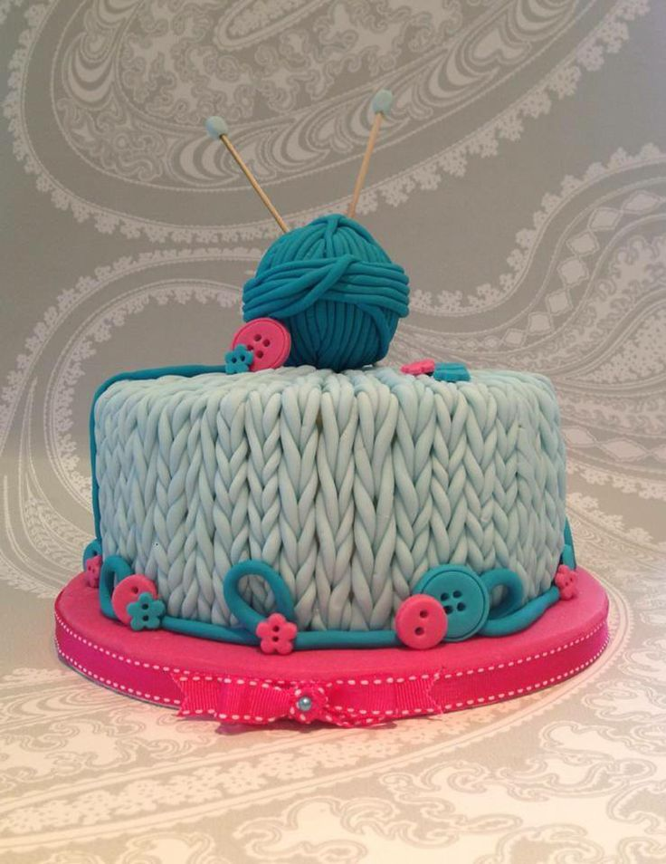 Knitting Birthday Cakes