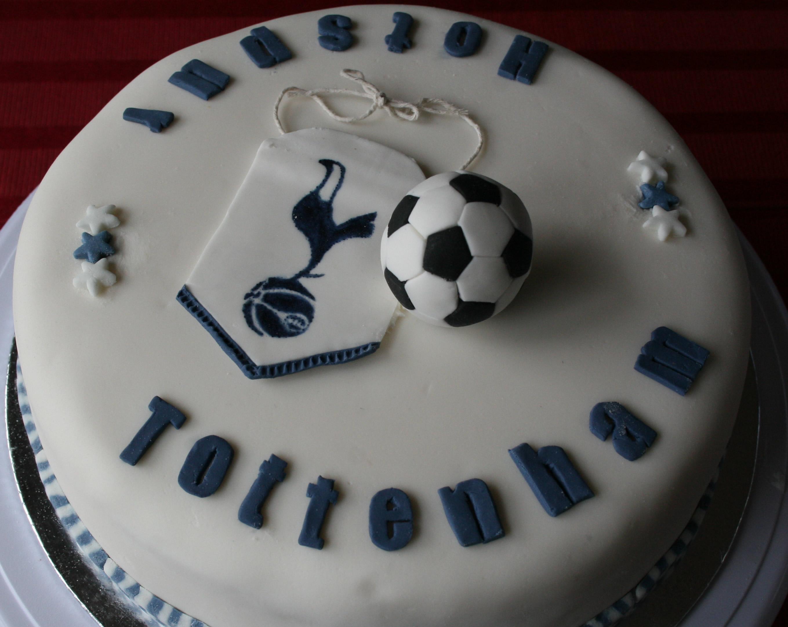 Tottenham Birthday Cakes