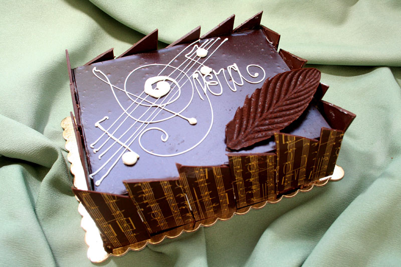 Opera Birthday Cakes