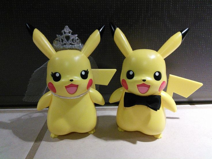 Pikachu Wedding Cake Toppers Stuff Pinterest