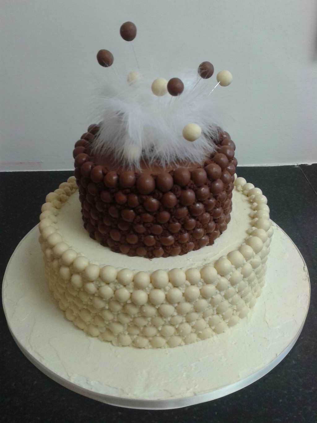 malteser wedding cake malteser wedding cakes 17092