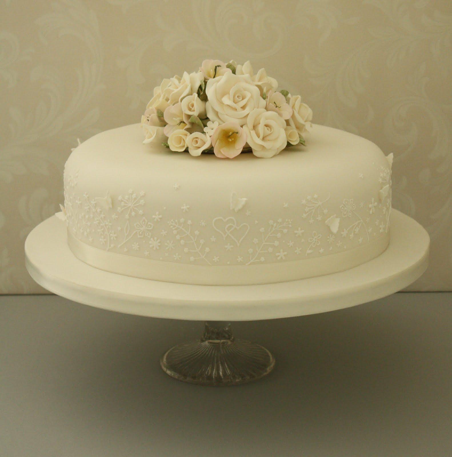 Single Wedding Cakes