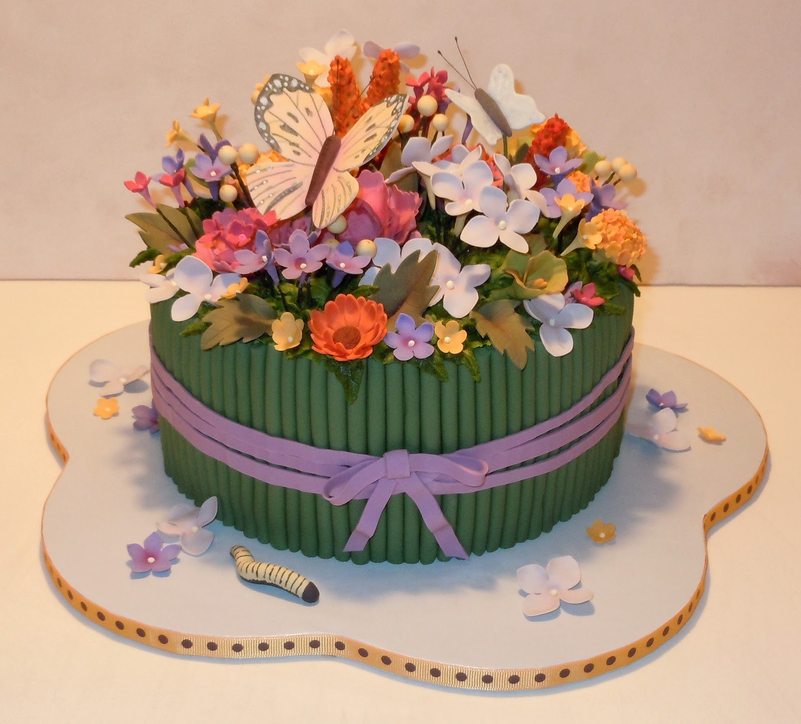 Flower birthday cakes flower cake beautiful flowers izmirmasajfo