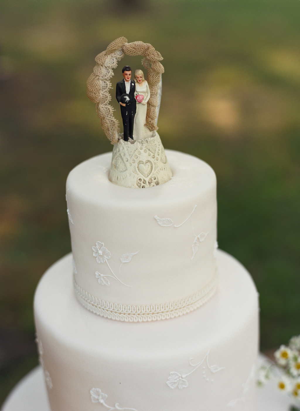 Magnificent Wedding Cakes Donegal Picture Collection - The Wedding ...