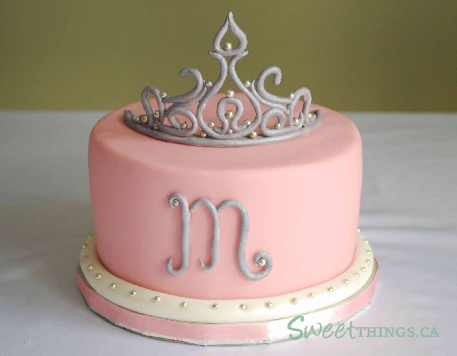 Tiara Birthday Cakes