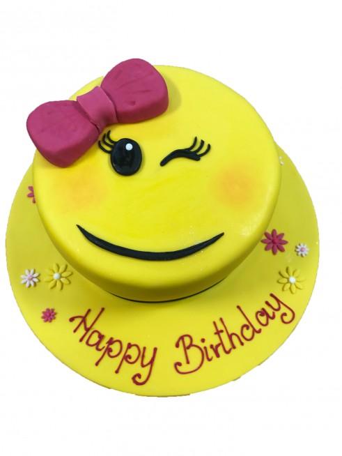 Birthday Cake Emoticon Imgkid The Image Kid