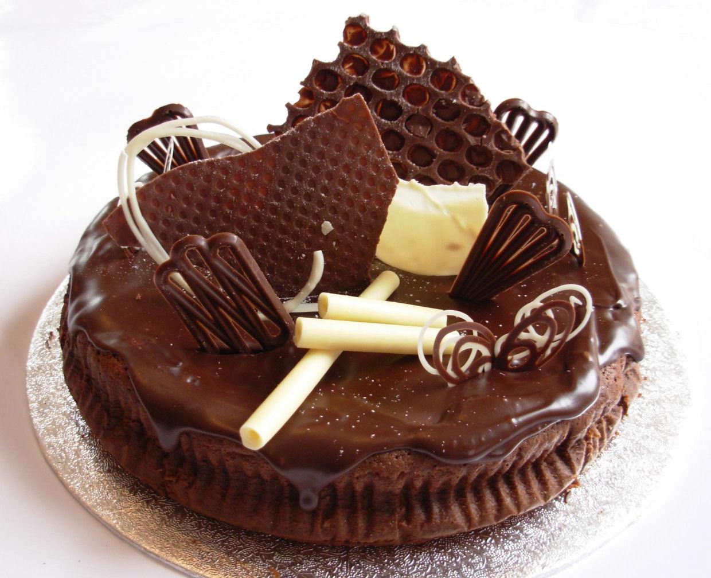 Chocolat Birthday Cakes