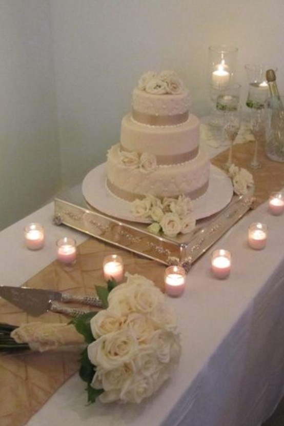 Display Wedding Cakes
