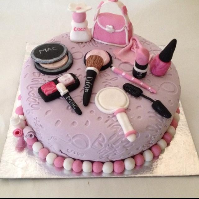 7 Birthday Cakes
