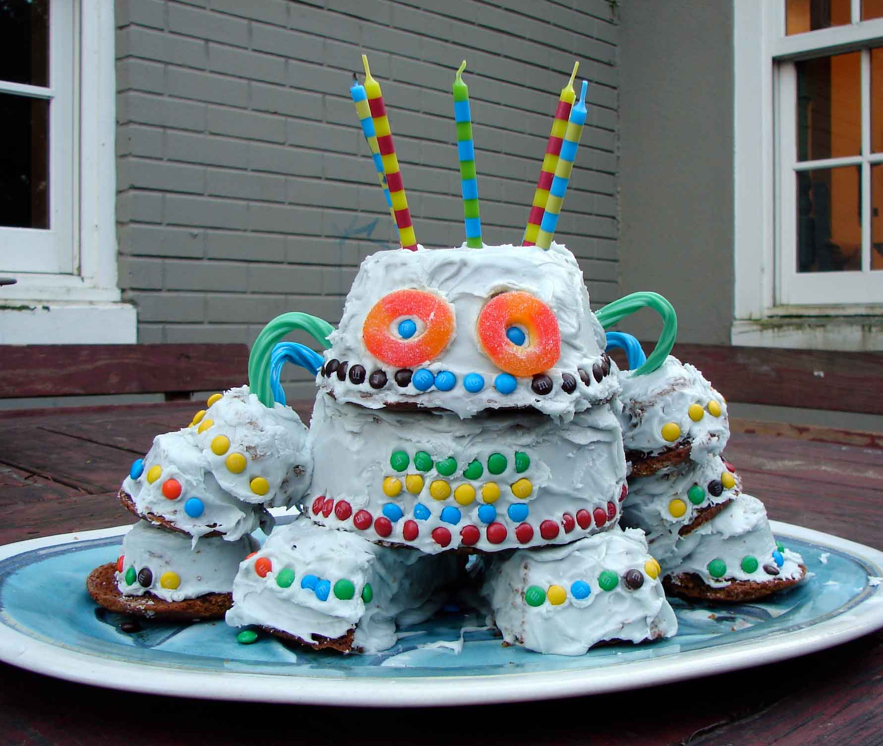 Robot Birthday Cakes