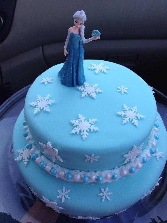 Elsa Birthday Cakes