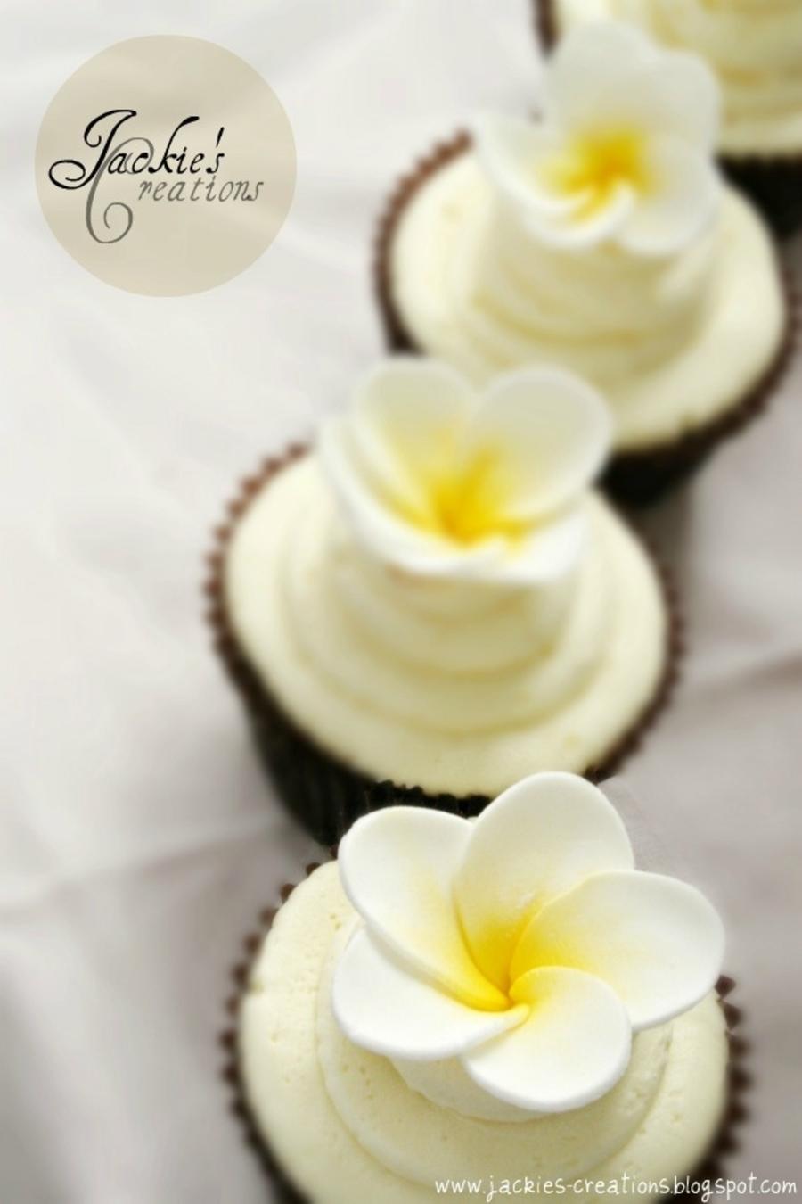 Frangipani Wedding Cakes