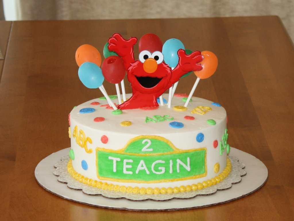 elmo birthday cake Elmo Birthday Cakes elmo birthday cake