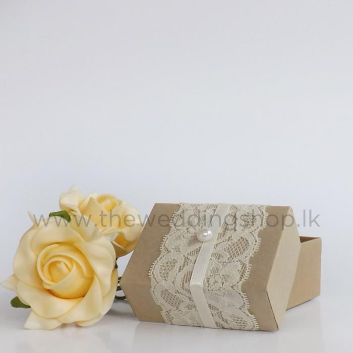 Box Wedding Cakes