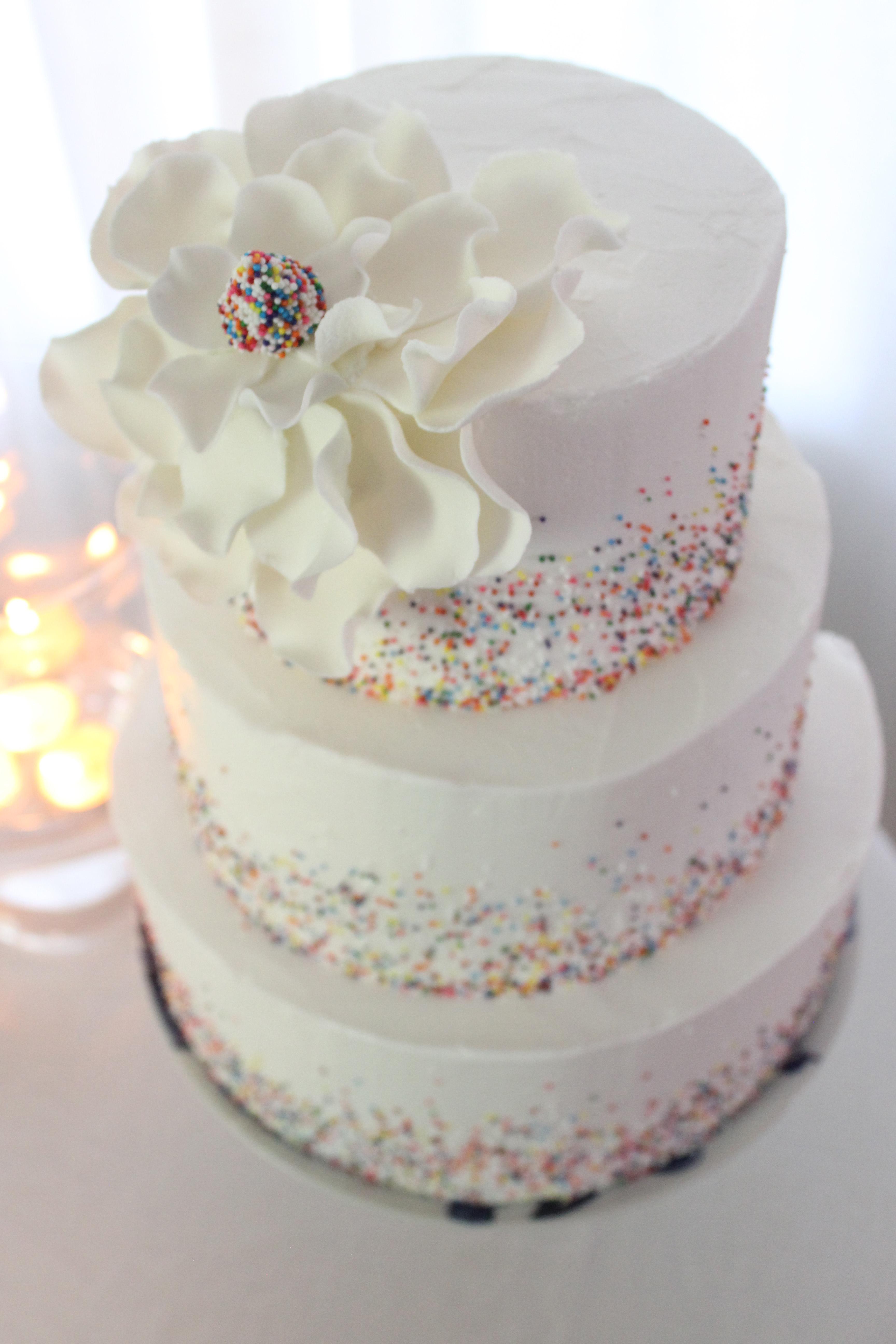 Funky Wedding Cakes Bury Crest - Wedding Idea 2018 - veronikajackson ...