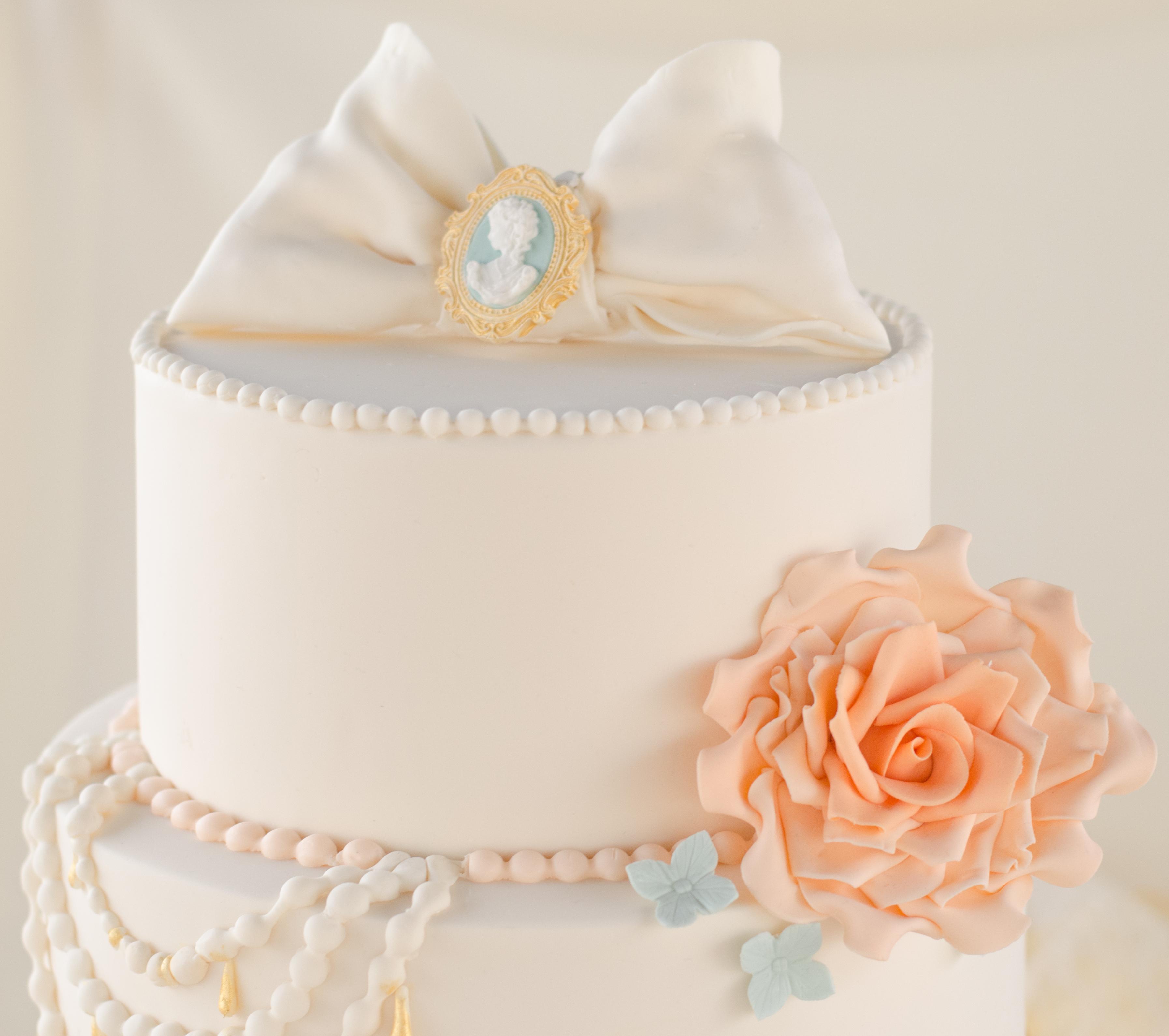 Eggless Wedding Cakes