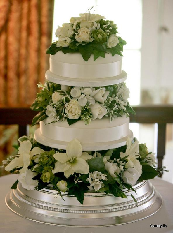 Can You Put Fake Flowers On A Wedding Cake Flowers Healthy