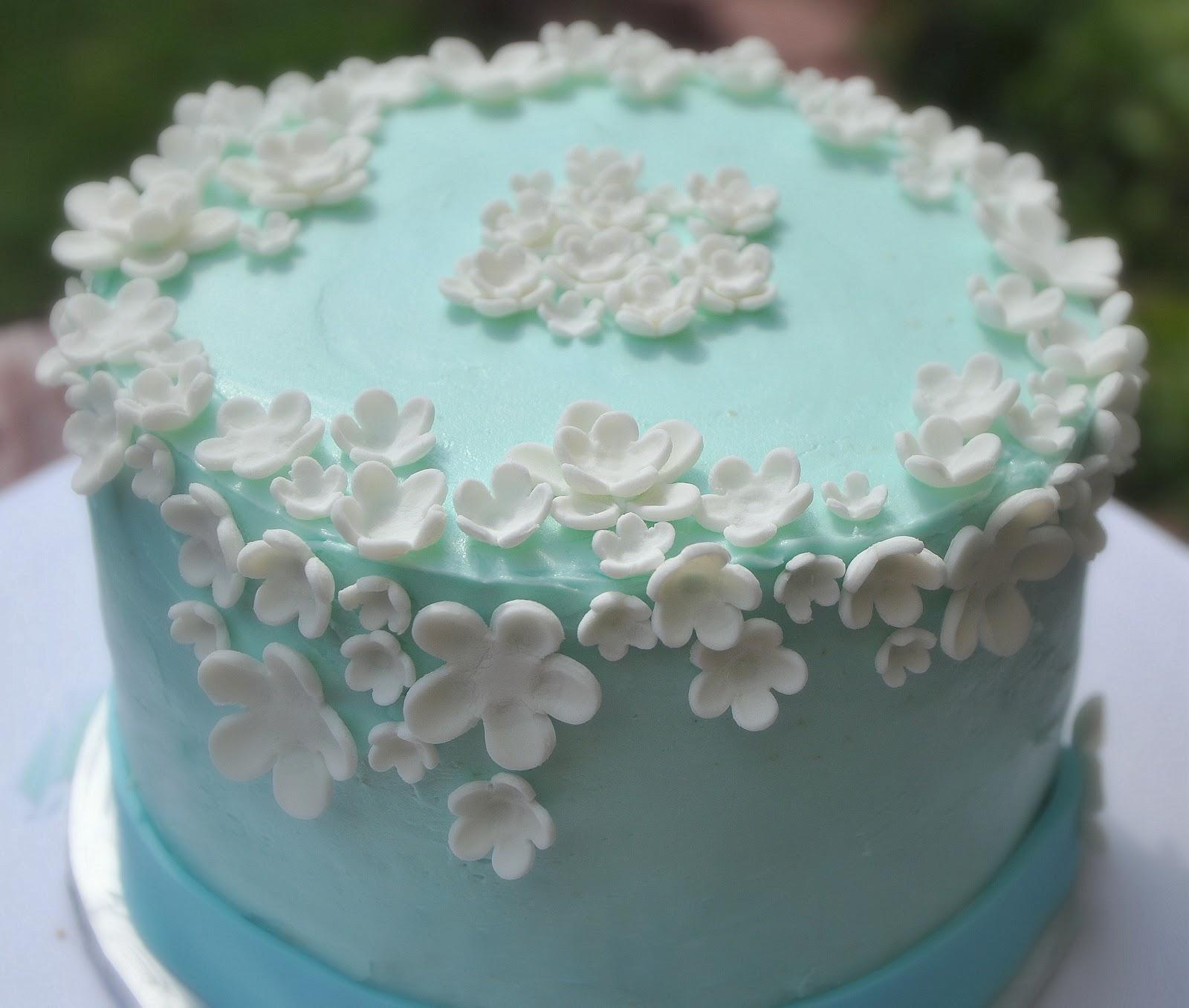 Flowers birthday cakes turtlecraftygirl flower birthday cake izmirmasajfo