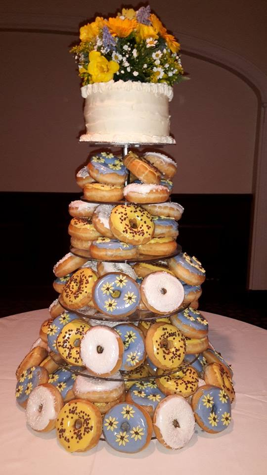 donut wedding cakes doughnut wedding cake uk 5000 simple wedding cakes 13703