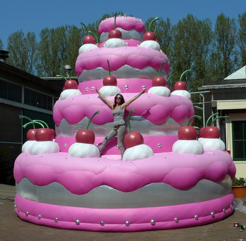 Giant Birthday Cakes