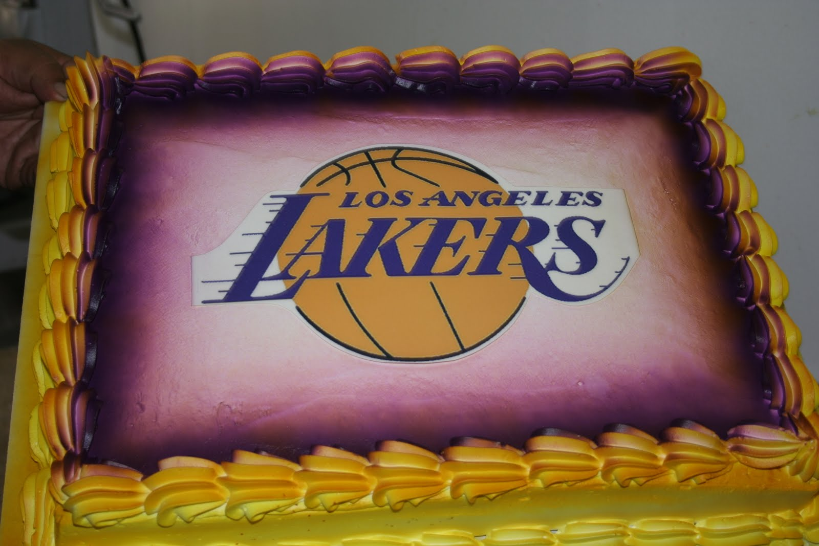 Lakers Birthday Cakes