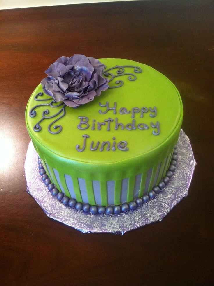 Green Birthday Cakes