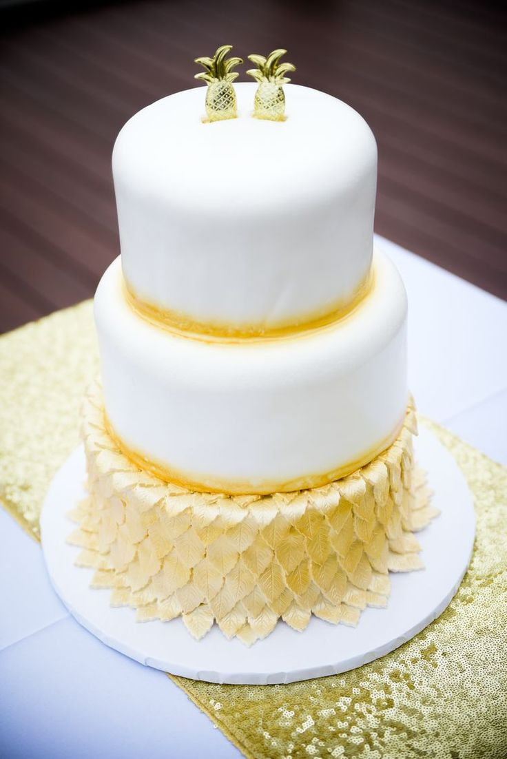 Pineapple Wedding Cakes