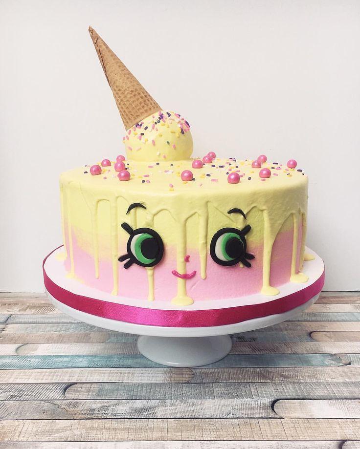 8th Anniversary Cakes