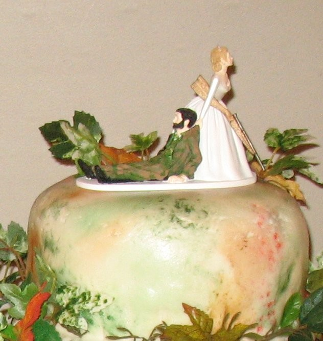 Hunting Wedding Cakes