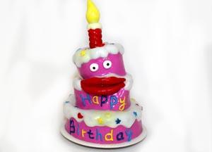 Singing Birthday Cakes