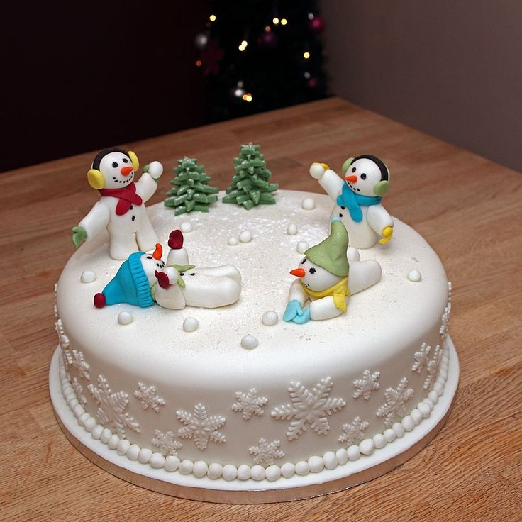 Christmas Themed Cakes Pictures.Fondant Christmas Cakes